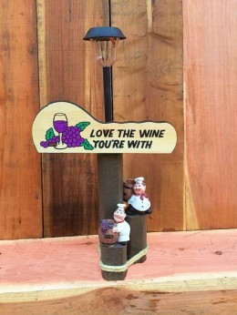 Love the Wine Solar Lamp